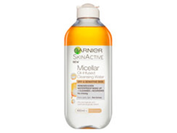 SkinActive Oil-Infused Micellar Cleansing Water